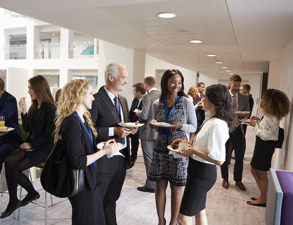 Os 5 Mitos Sobre Networking e Como Melhorar o Seu?